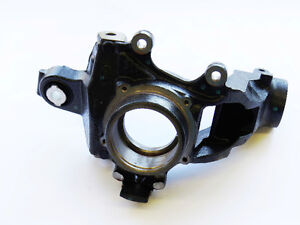Land Rover LR2 OEM Axle Bearing Carrier Rear Right LR001128