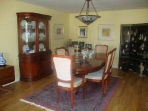BEAUTIFUL SOLID ROSEWOOD DINING SET
