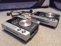 Pair of Pioneer CDJ 200 CD turntables