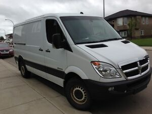 2007 Dodge Sprinter Minivan, Van