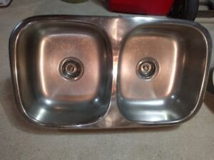 "stainless steel double sink 8"" deep - like new"
