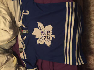 Doug Gilmour winter classic jersey. Worn on occasion $150