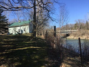 1000 SQ FT APT, 1 BDRM + DEN BY MEAFORD PARK AND RIVER