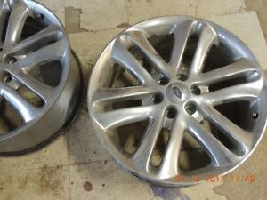 3 FORD TIRE RIMS
