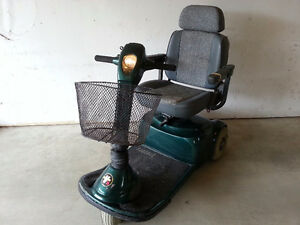 Used Pride Victory V3 Scooter - PRICE REDUCED