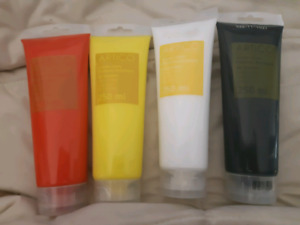 4 tubes of new 250 mL acrylic paint
