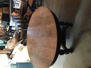 Round Claw Foot Oak table, with 4 inserts and chairs