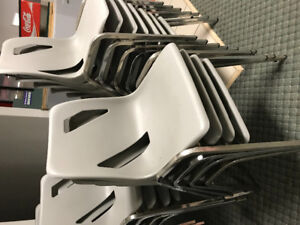Chairs plastic molded with metal legs (retro)