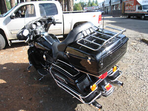 HARLEY DAVIDSON ELECTRA GLIDE CLASSIC VERY LOW MILEAGE Strathcona County Edmonton Area image 3