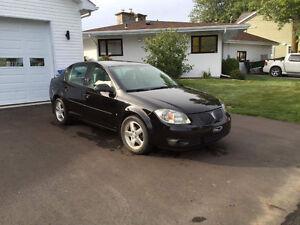 2008 Pontiac G5 Berline noire 87,000 km,  $4,500 nouveau prix **
