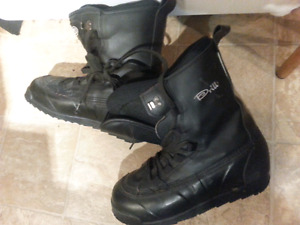 DRILL blk LEATHER Snow Boarding Boots