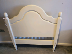 Shabby Chic single bed frame. Cram colour. Excellent condition.