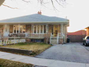Semi-Det bungalow 4 Sale! Beautiful Quiet Area! (Weston & Gary)