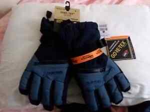 Burton gore-tex gloves.
