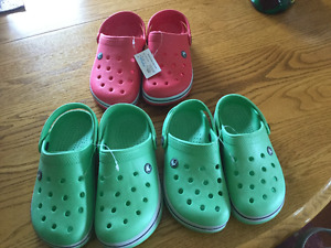 Childrens croc/ dawg style summer shoes Brand New