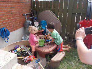 LITTLE TYKES SAND BOX WITH BUILT IN TABLE