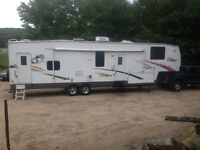 2006 Cherokee 5th Wheel Toy Hauler