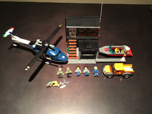 LEGO City 60009 Helicopter Arrest - 100% Complete