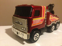 VINTAGE BUDDY L TOW TRUCK