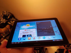 Selling my 10'' Samsung Tablet With Sim Card Slot