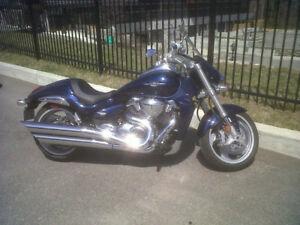 moto suziki boulevard mr 109 2011 Excellente condition