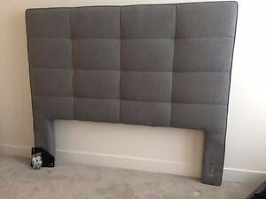 QUEEN SIZE GREY HEAD BOARD - LIKE NEW
