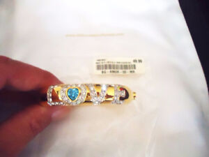 Fifth Avenue Collection - Gold & Crystal LOVE HEART Bangle - NEW