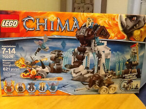 UNOPENED LEGO CHIMA MAMMOTHS FROZEN STRONGHOLD