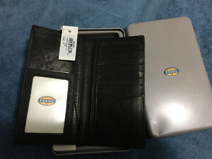 New Fossil Wallet / Great Gift