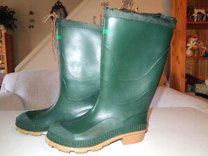 WOMANS -OR -MENS RUBBER BOOTS