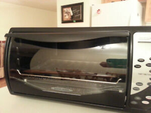 Black & Decker Digital Advantage Convection Toaster Oven
