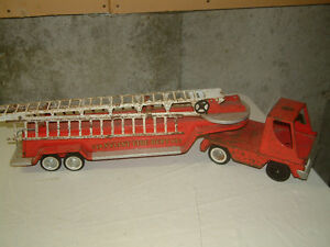 VINTAGE FIRE ENGINE FOR SALE