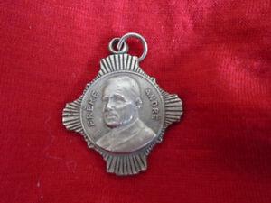 ancienne médaille du Frère André/ oratoire St-Joseph