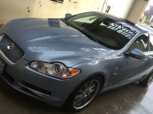 2011 Jaguar XF Premium Luxury Sedan