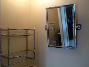 Miroir biseauté et étagère en stainless chromé