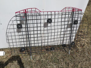 Kennel-Aire Wire Vehicle Pet Safety Barrier