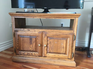 TV table in great shape for sale