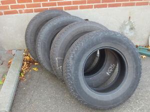 4 pneus 4-saisons / 4 4-season tires – Dunlop AT20 P265/70R17 West Island Greater Montréal image 1