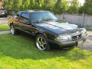 1990 Ford Mustang LX 5.0L