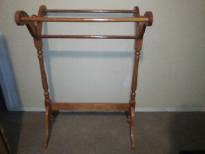 QUILT RACK - professionally refinished, looks BRAND NEW!