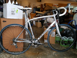 Men's large Norco Valence