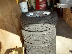 2012 Nissan Altima Alloy rims, with Tires for sale Cambridge Kitchener Area image 3