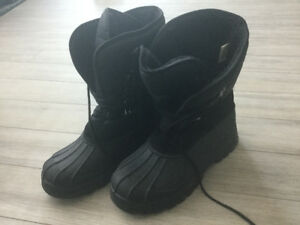 Mountain Warehouse Boots Size 11