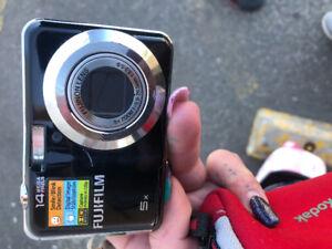Fujifim ax300 digital camera