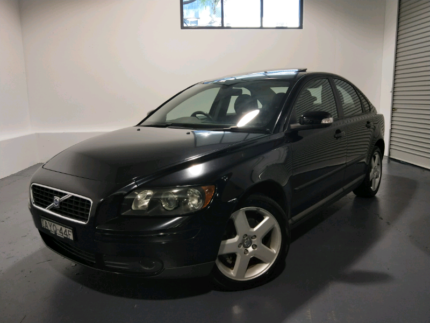 2006 Volvo S40 Automatic Sedan - Sunroof! Log Books! Hornsby Hornsby Area Preview