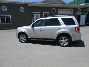 2009 FORD ESCAPE 5 DOOR LIMITED SUV, 3 YEAR WARRANTY INCLUDED
