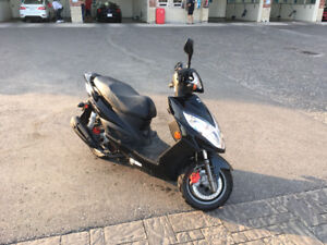 Kymco 150cc Gas Scooter FOR SALE!