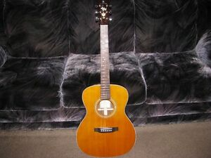 All solid wood Silver Creek Auditorium Acoustic guitar