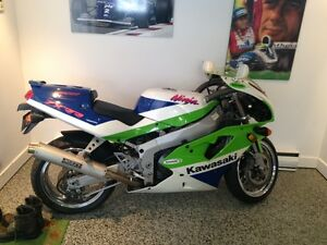 MOTO COMPETITION ET COLLECTION