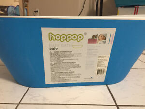 Hoppop baby bathtub